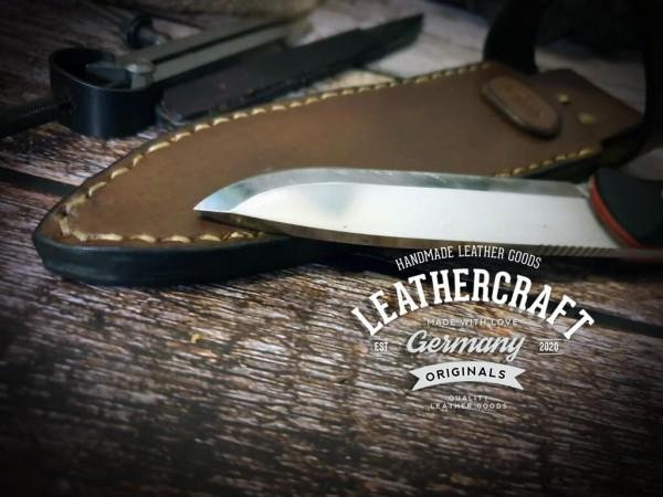 handgemachte Messerscheide für selbstgemachtes Messer