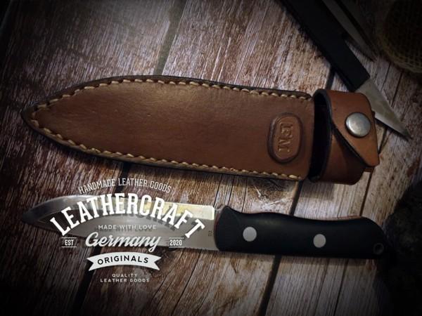 handgefertigte Messerhülle für selbstgemachtes Messer