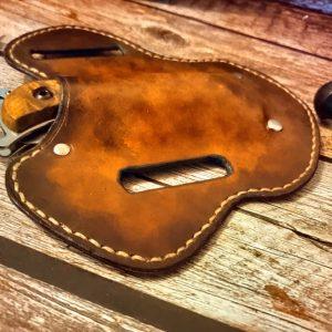 Messerholster American Style aus Blankleder gefärbt