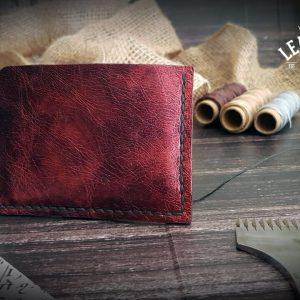 Rotes Kreditkartenetui