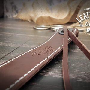 Lesezeichen aus Leder mit Gravur