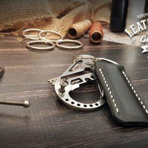 personalisierter Leder Schlüsselanhänger schwarz